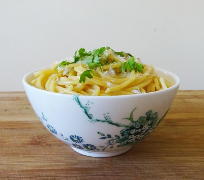 w_lemony pasta bowl